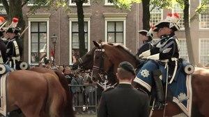 File:Prinsjesdag • Procession de la Fête du Prince • La Haye - PAYS-BAS.webm