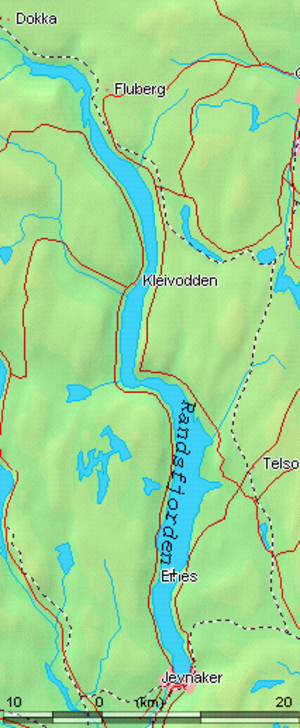 "Lakes in Norway - Randsfjorden's narrow shape and glacial ""overdeepening"" explains why it is named a fjord, even though it is not a saltwater inlet"