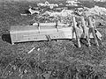 Rester av brannbombe på Vallø Oljeraffineri - Vallø 1940 rest av brannbombe.jpg