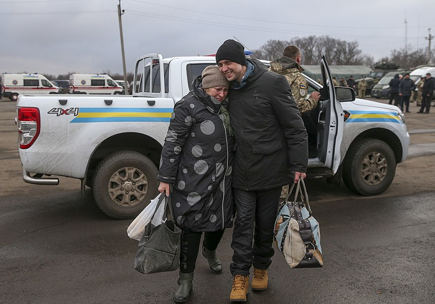 Return of liberated citizens to the territory controlled by Ukraine (2019-12-29) 053.jpg