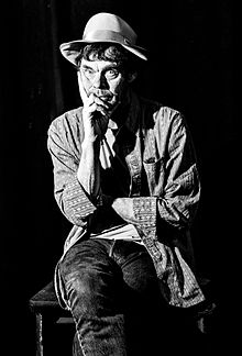Rich Hall Musician - Image shot by Tina Downham prior to show 15th April 2016 in Taunton U.K.