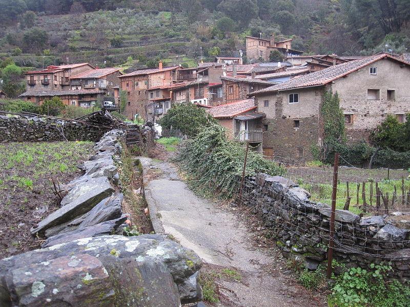 Robledillo de Gata - Caminos.JPG