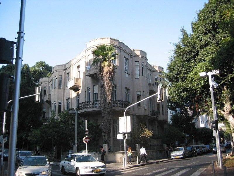 Rothschild Boulevard - Betzalel Yaffe