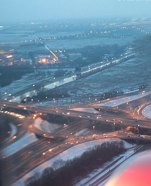 Roundabout interchange - The Rottepolderplein in the Netherlands is a three-level roundabout