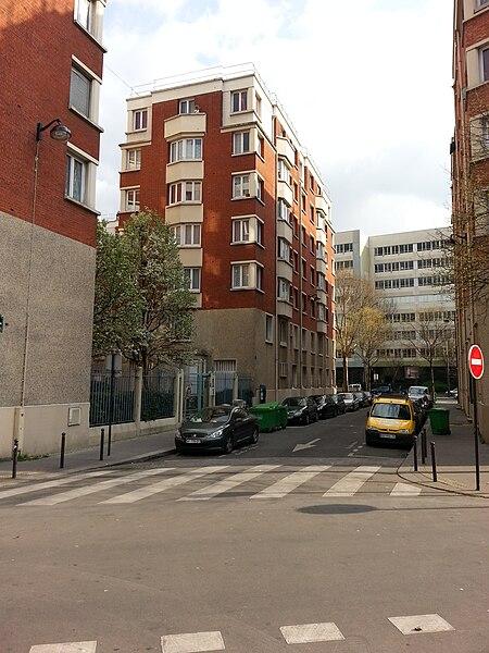 Fichier:Rue Émile-Bertin, Paris 18.jpeg
