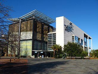 South Carolina Aquarium - Image: SC Aquarium front