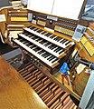 Saarbrücken-Burbach, St. Eligius (Weise-Orgel, Spieltisch) (3).jpg