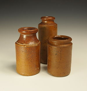 Salt glaze pottery - Salt glazed containers