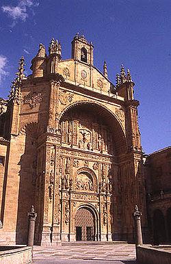Fachada de Convento de San Esteban (Salamanca).
