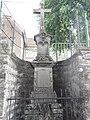 Sarraltroff (Moselle) croix de chemin B.jpg