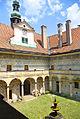 SchlossDoudleby-Innenhof 6-13.jpg