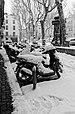 Scooters, rue Gaston Escarguel BW.jpg