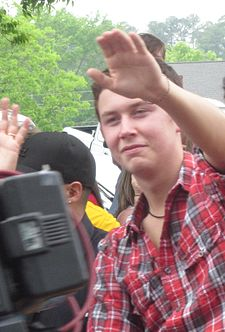 Scotty McCreery May 14 2011 CROPPED.jpeg