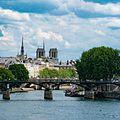 Seine River with Notre Dame (35220992625).jpg