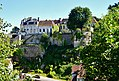 Semur-en-Auxois Stadtmauern 3.jpg