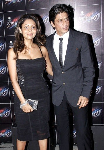 Shahrukh Khan and Gauri at %27The Outsider%27 launch party