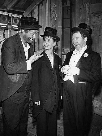 Cindy Carol - L-R: Red Skelton, Carol Sydes, and Frank McHugh on The Red Skelton Show (1959)
