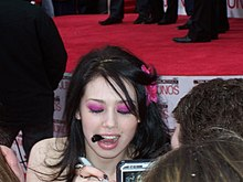 Description de l'image  Skye Sweetnam with marker.jpg.