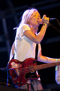 Sonic Youth 2009.05.30 002.jpg