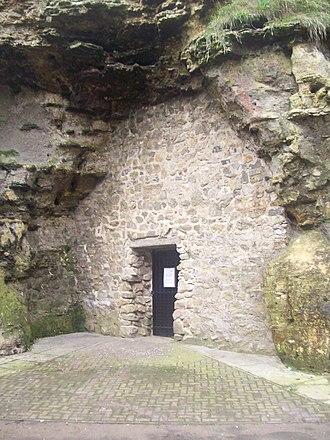 Roker Park (park) - Image: Spottee's Cave