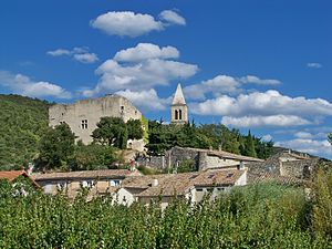 St Pantaléon-les-Vignes, view on village.jpg