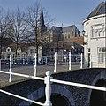 Stadsgezicht met brug en kerk - Kampen - 20351737 - RCE.jpg