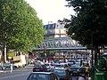 Station de métro parisien « la chapelle » carrefour de la rue du faubourg de saint-denis et bouvlevard de la chapelle (regardant vers le sud) 01.jpg