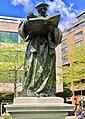 Statue Erasme.jpg