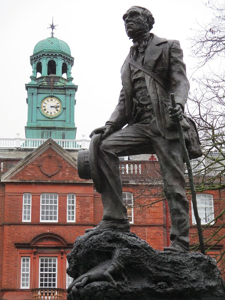 File:Statue of Charles Darwin as a young man, Shrewsbury ...