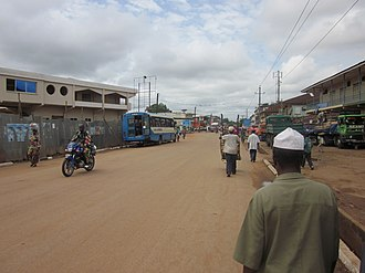 Kenema - Image: Street in Kenema 01