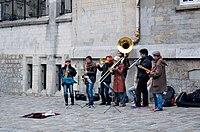 Street performers in Montmartre 2010.jpg