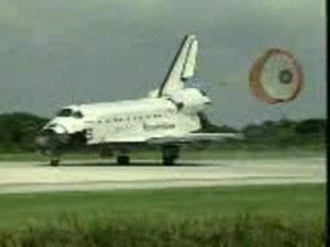 File:Sts-71-landing.ogv