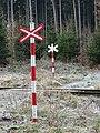 Tachlovice, přejezd P10443, výstražné kříže.jpg