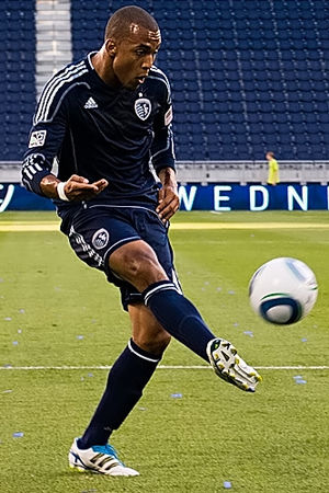 Sporting Kansas City - Teal Bunbury wearing Sporting's secondary uniform (2011–2013)