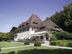 Am Römerholz - Image: Terrasse Sonnig Aussen jpg