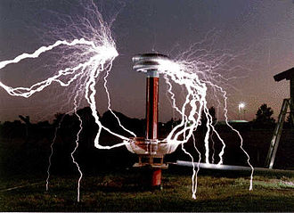 Tesla Coil Wikipedia - A lightning storm synchronised with dramatic music