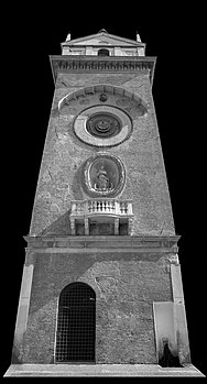 Torre dell'orologiowiki.jpg