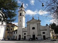 La chiesa parrocchiale di Sant'Onorato di Arles nel centro di Torriglia