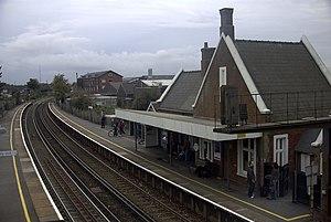Totton railway station - Image: Totton railway station