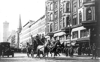 Triangle Shirtwaist Factory fire - A horse-drawn fire engine en route to the burning factory