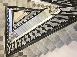 Tristairs.jpg