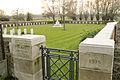Tuileries British Cemetery 1.JPG
