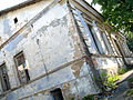 Tumbledown house at 2nd Vietranaja (Grybajedava) street in Viciebsk - panoramio.jpg