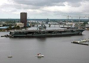 USS George Washington (CVN-73) - USS George Washington on her way to Norfolk Naval Shipyard