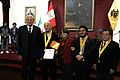 Ugo De Censi medalla.jpg