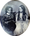 Una and Julian Hawthorne c1850.png