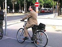 Urban cycling III.jpg