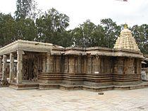 Vaidyeshvara Temple (1000 AD) at Talakad.JPG