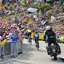 Froome in maglia gialla precede Nairo Quintana sul Mont Ventoux al Tour de France 2013
