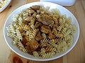 Vepřový guláš, těstoviny.jpg
